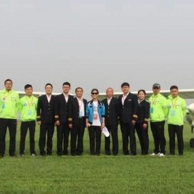 日照锐翔C42E飞行表演队亮相衡水航空嘉年华,中德飞机发来贺电!